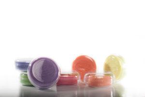 Parfums d\'antan ou notes poitevines pour des savons hauts en couleurs. Fabriqués par une savonnerie artisanale en Gâtine. Format voyage... pour voyager en Poitou.